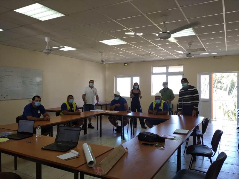 Le SPCPF accompagné par le service hydraulique de la commune de Tubuai pour organiser la mission