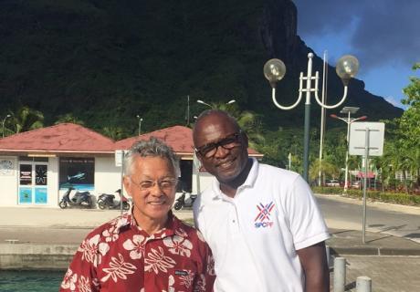 Le maire de Bora Bora avec le directeur informatique du SPCPF©BoraBora